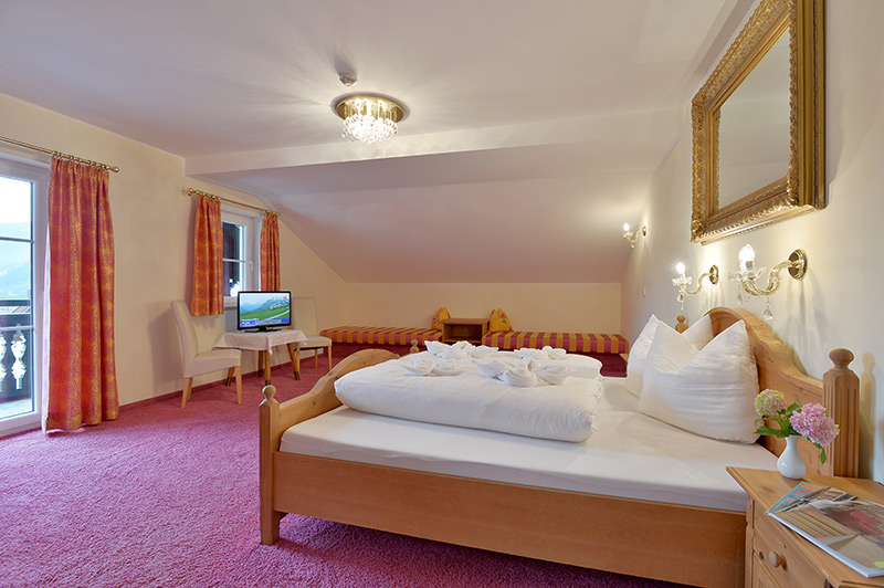 Luxury rooms in the hotel Post in Mayrhofen, Zillertal